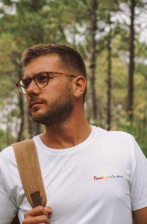 tee shirt blanc homme gay